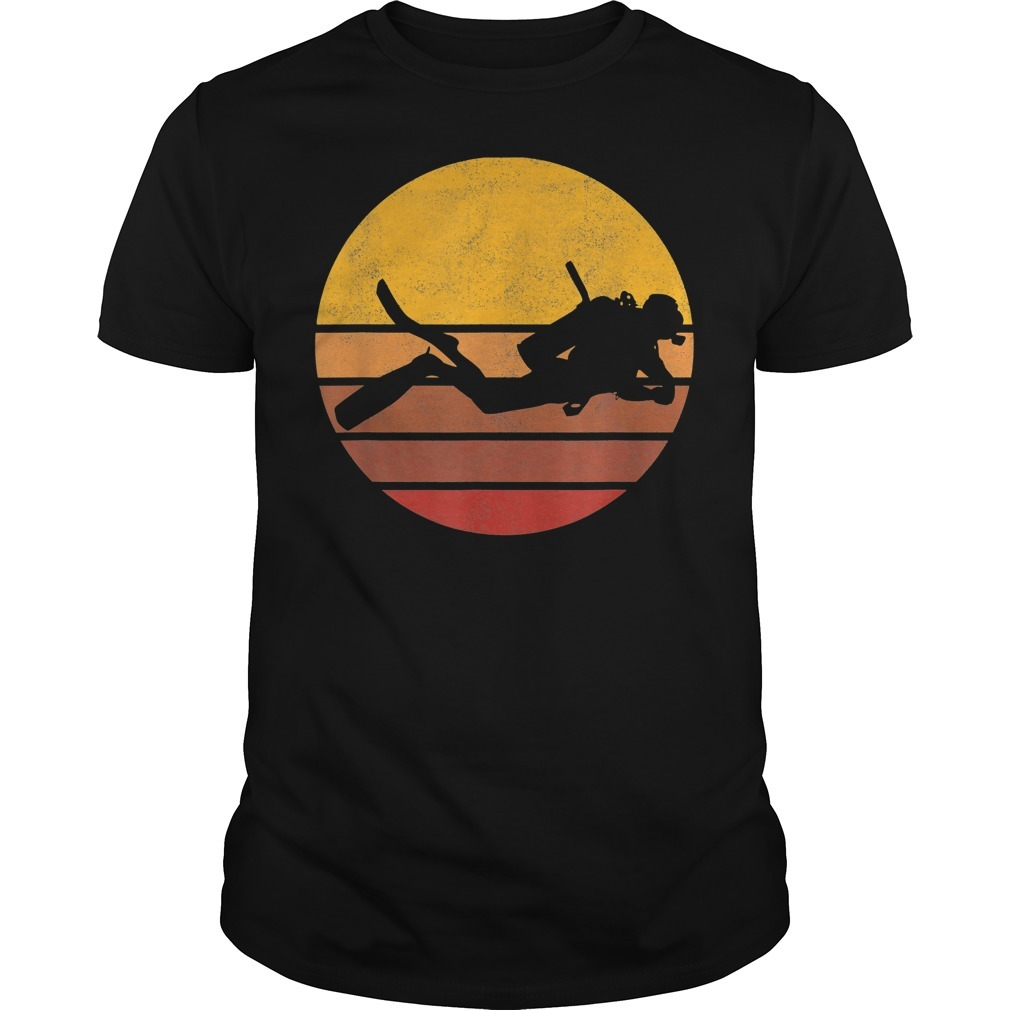 Vintage sunset scuba diving Guys Shirt