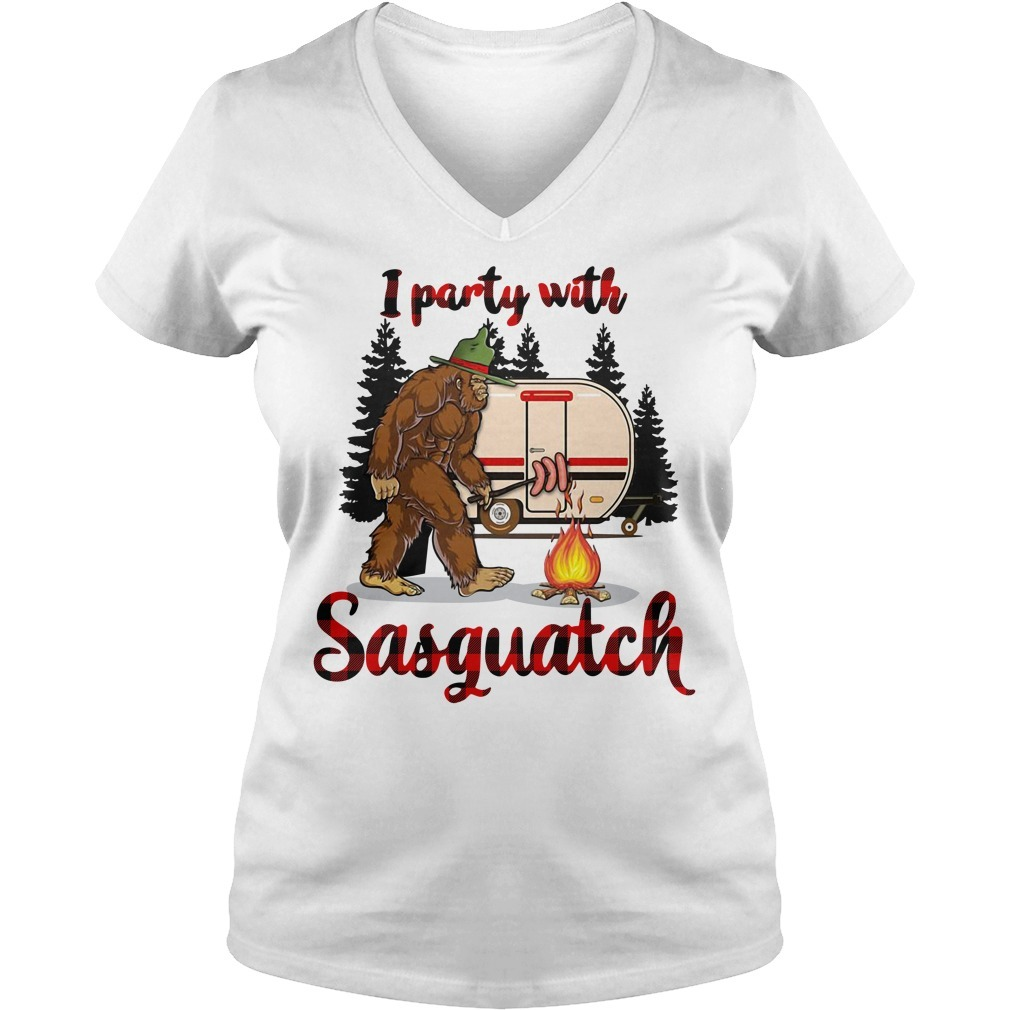 Bigfoot camping I party with sasquatch V-neck T-shirt