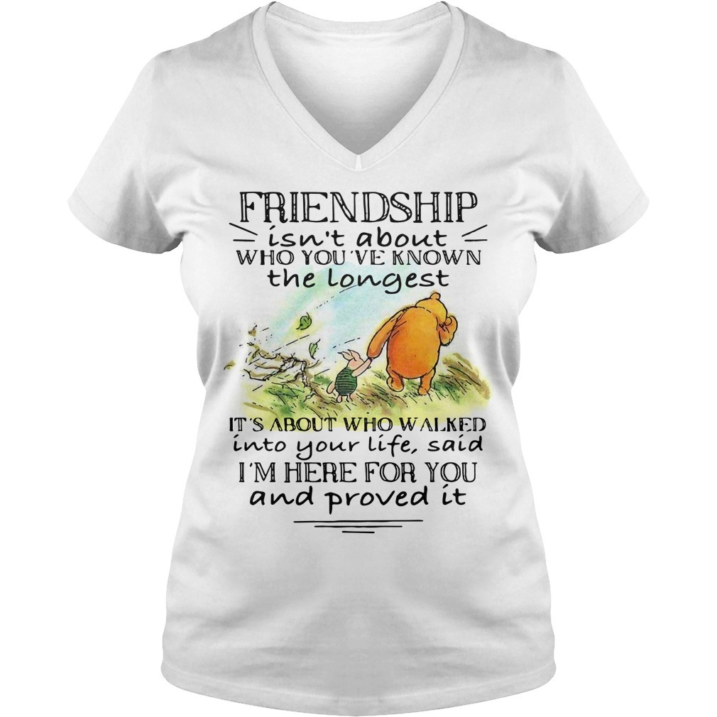 Winnie and Piglet friendship isn't about who you've known V-neck T-shirt