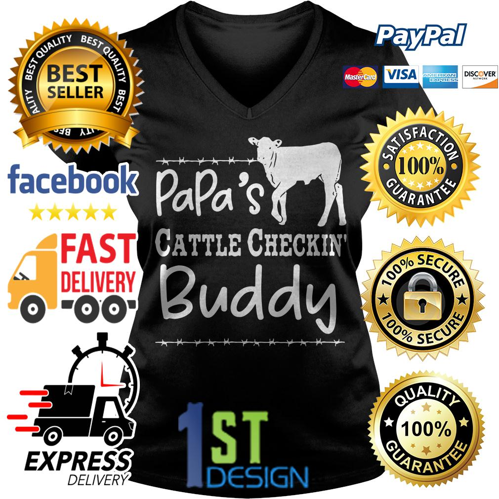 Cow papa's cattle checkin' buddy V-neck T-shirt