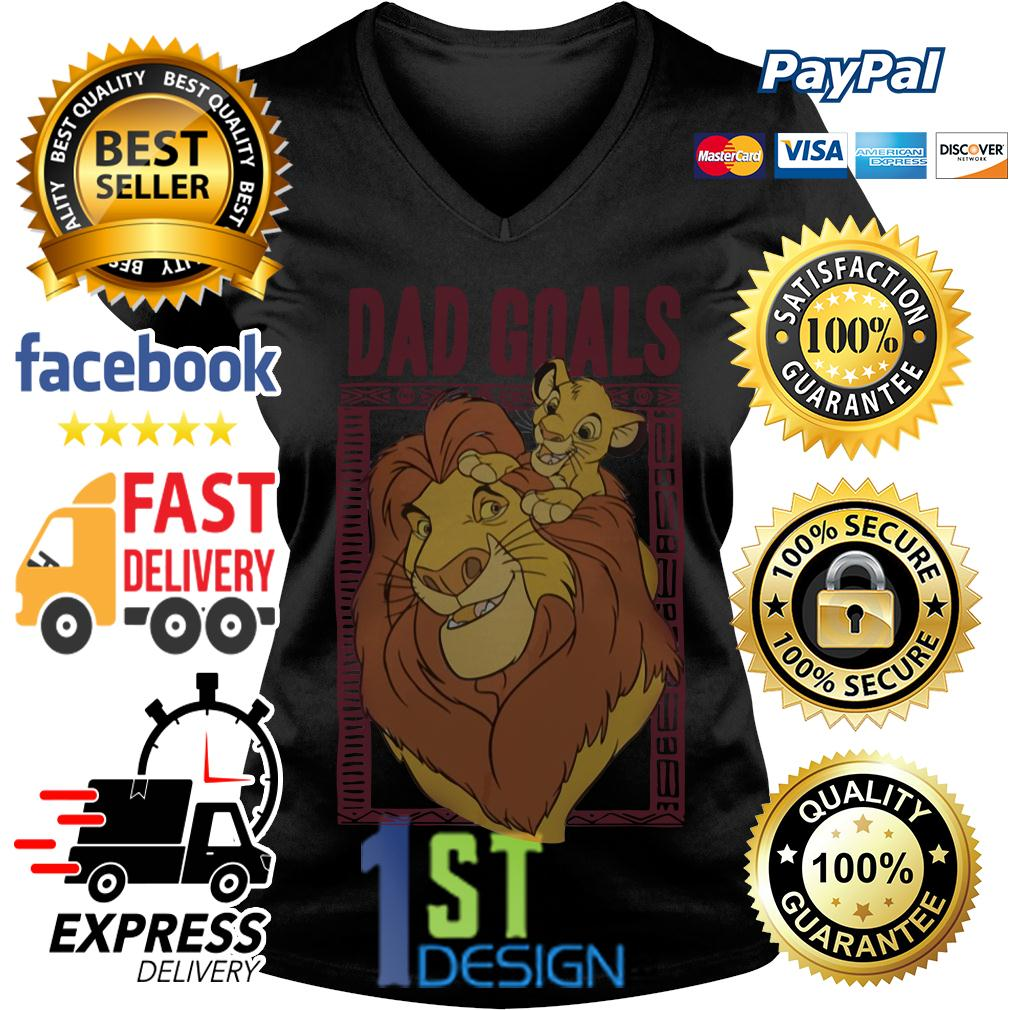 Lion dad and son the lion king dad goals V-neck T-shirt