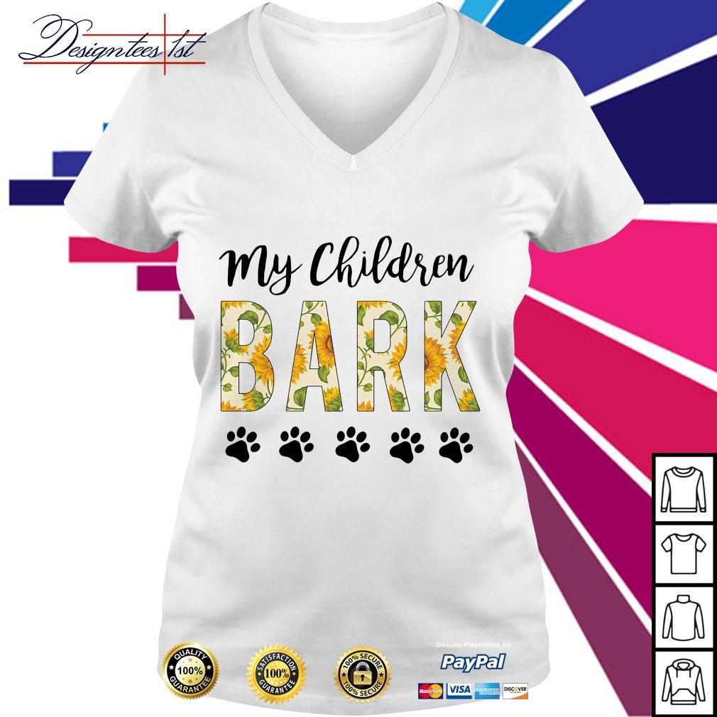 Sunflower my children bark paw dog V-neck T-shirt