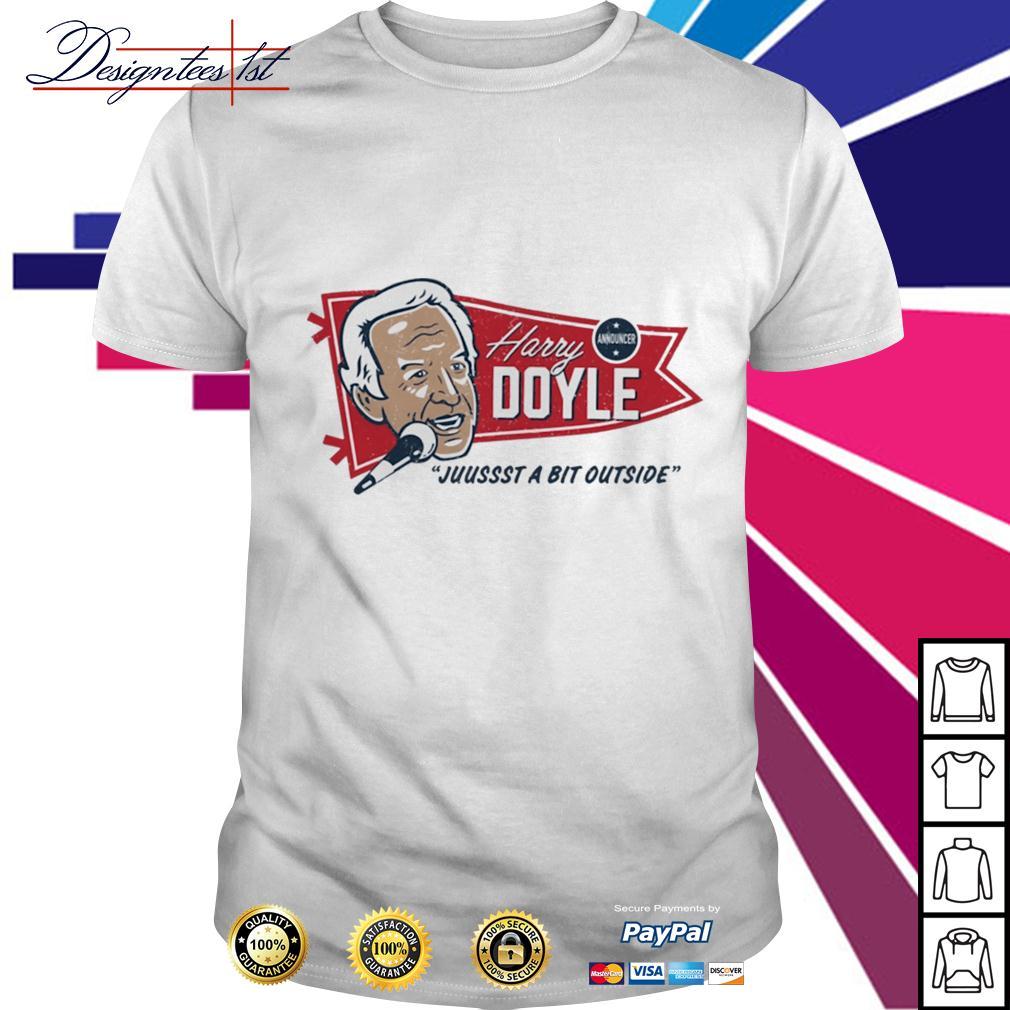 Harry Doyle juussst a bit outside shirt