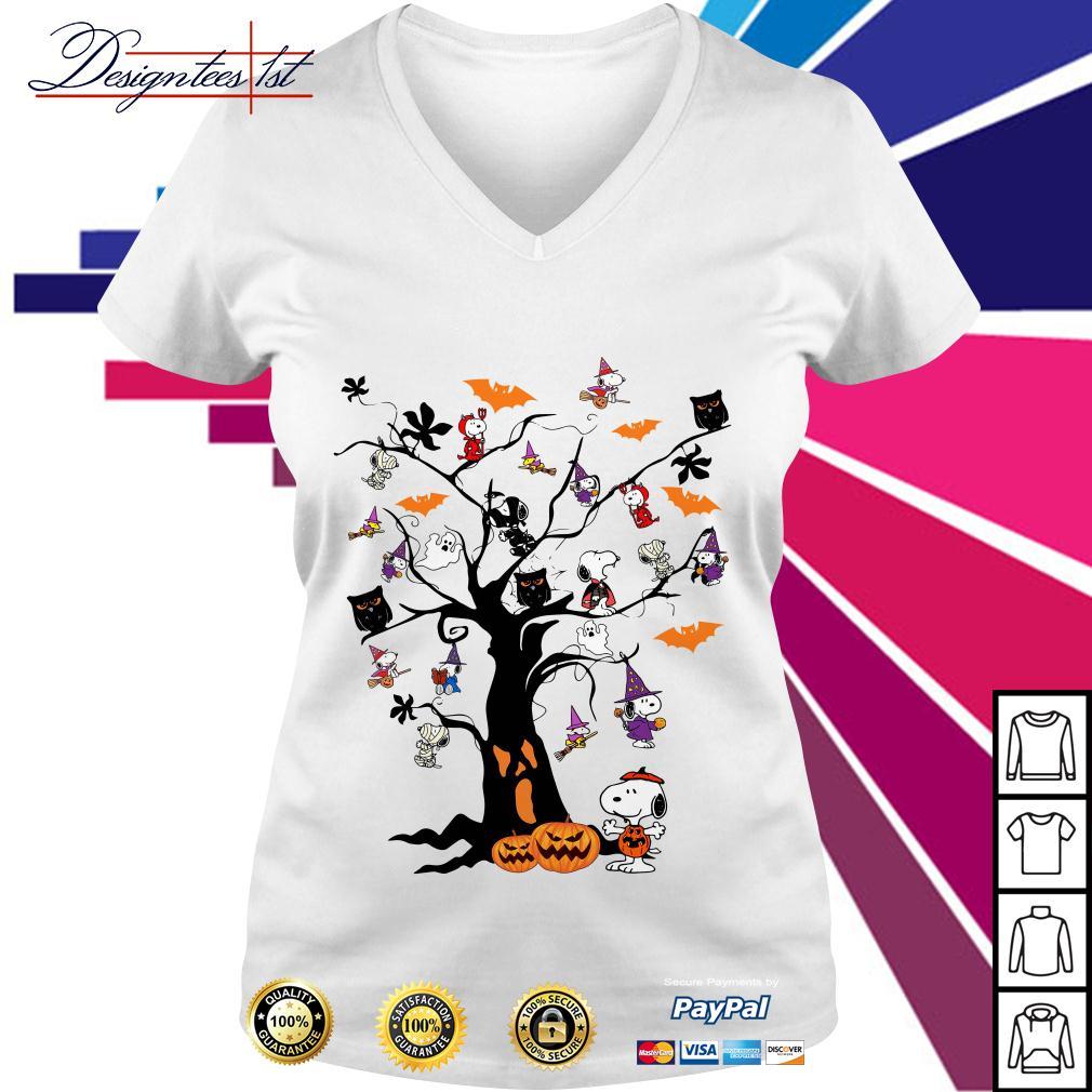 Halloween Snoopy pumpkin tree V-neck T-shirt