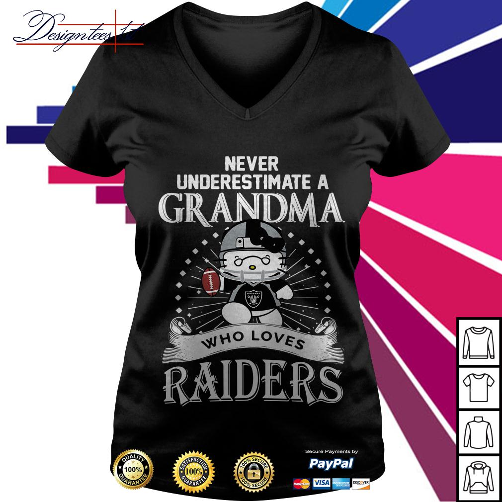 Kitty never underestimate a grandma who loves Raiders V-neck T-shirt