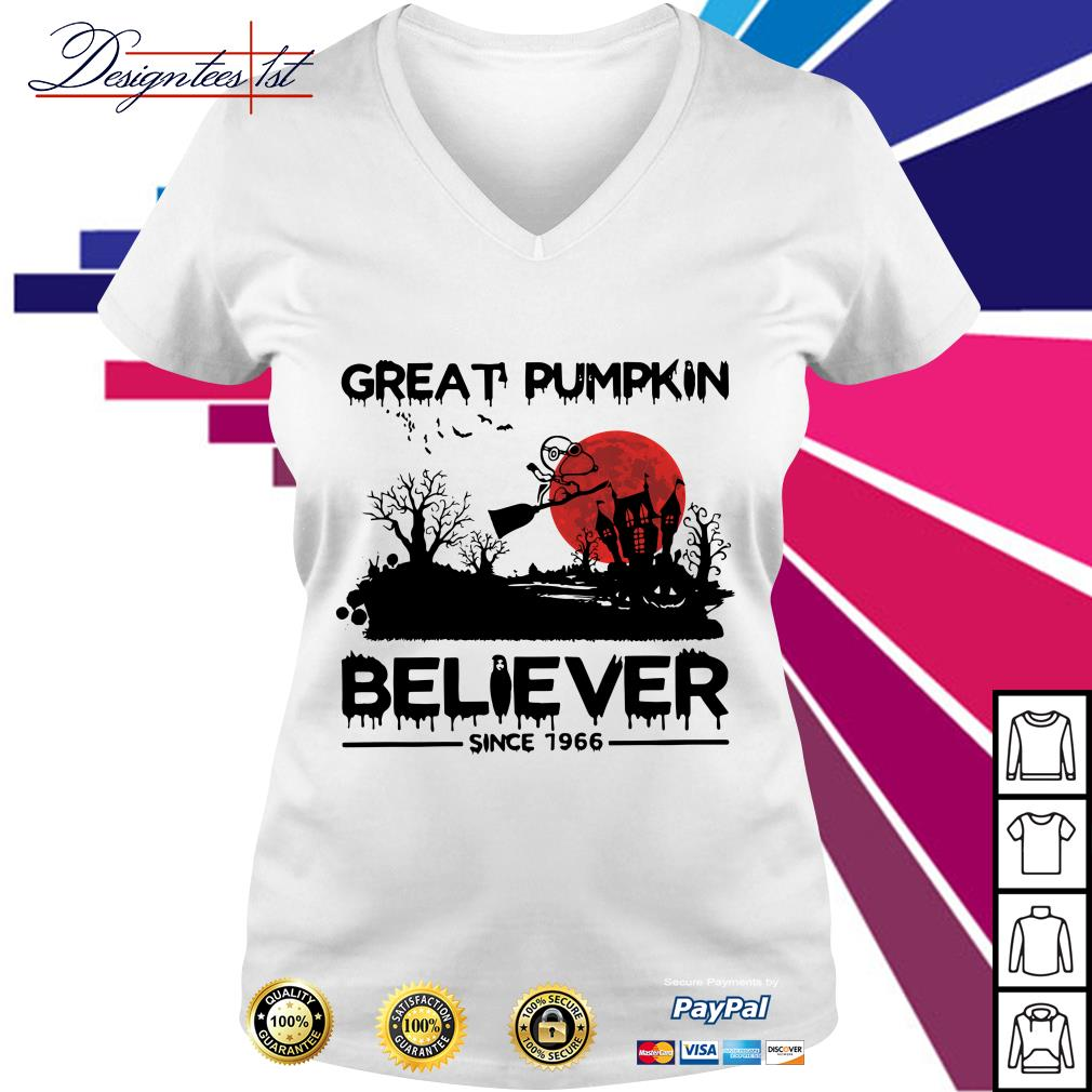 Halloween Snoopy great pumpkin believer since 1966 V-neck T-shirt