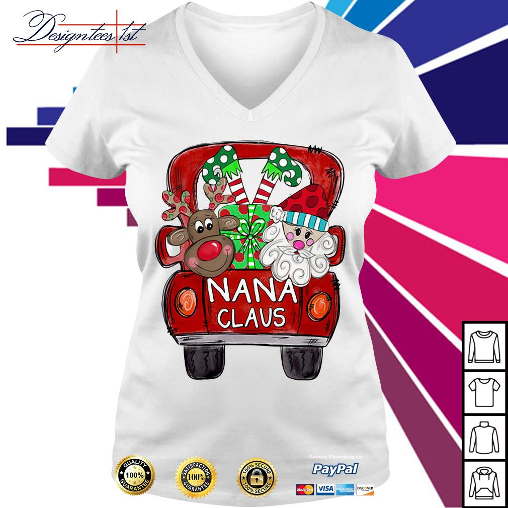 2019 Merry Christmas Red car and gift Nana Claus V-neck T-shirt