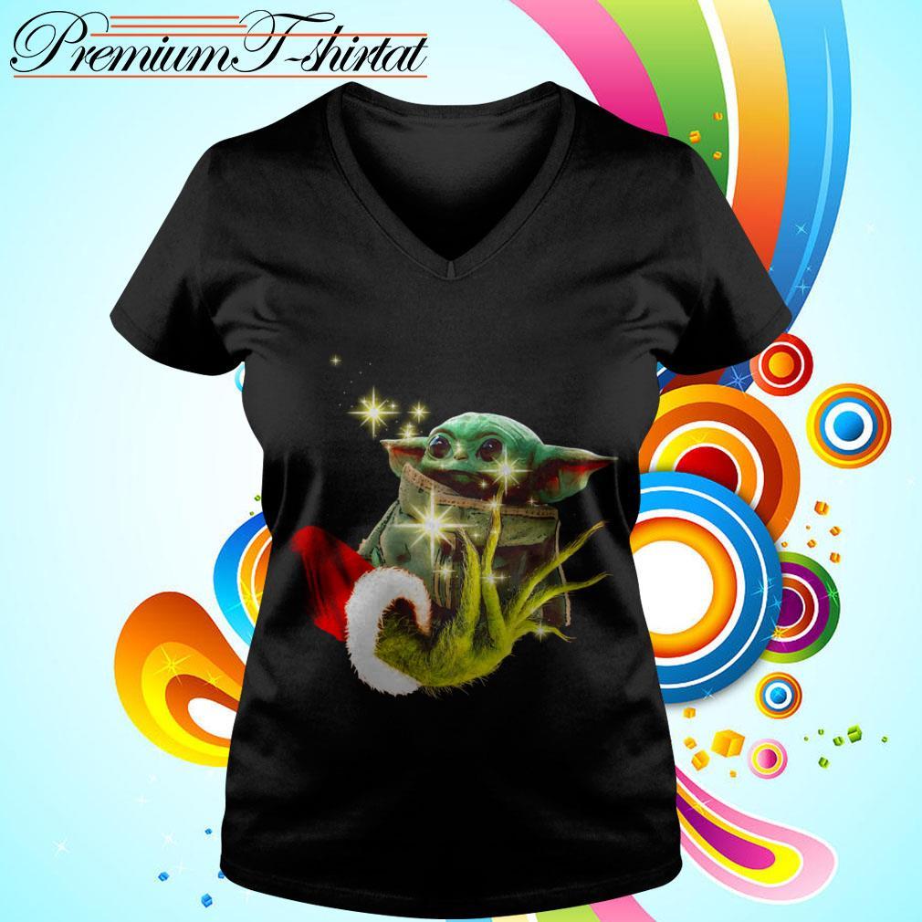 The Grinch holding a baby Yoda V-neck t-shirt